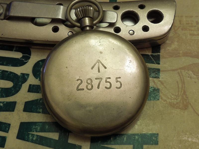 Les montres Zenith de l'armée de terre anglaise et allemande  Rscn4510