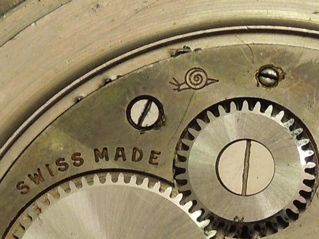 Les montres Zenith de l'armée de terre anglaise et allemande  Rscn4511