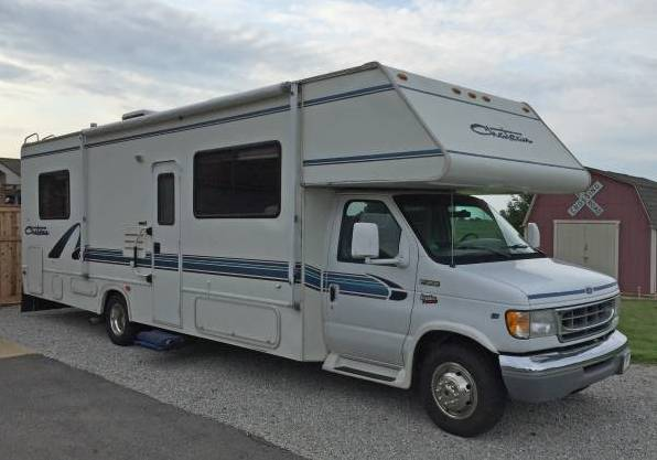 I bought a motorhome!  00b0b_10