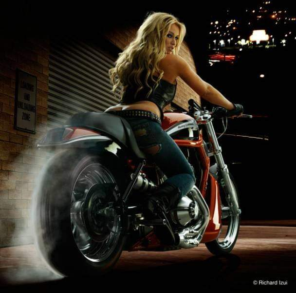LES PIN UP A MOTO - Page 4 Fb_im137