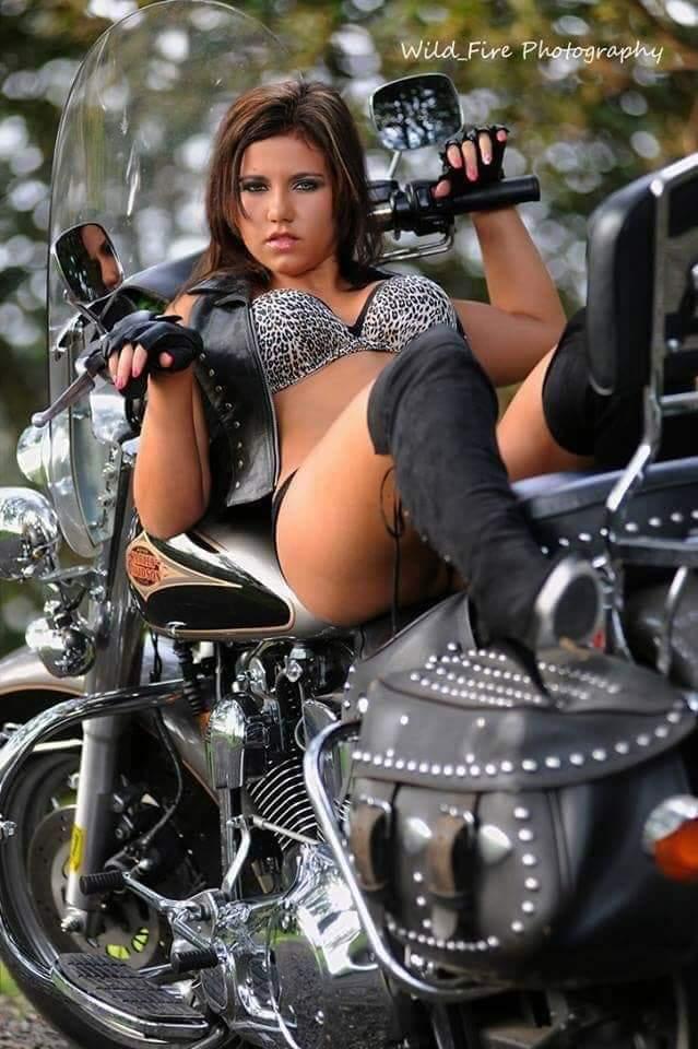 LES PIN UP A MOTO Fb_img49