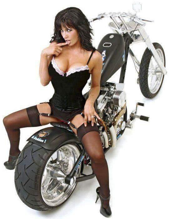 LES PIN UP A MOTO Fb_img56