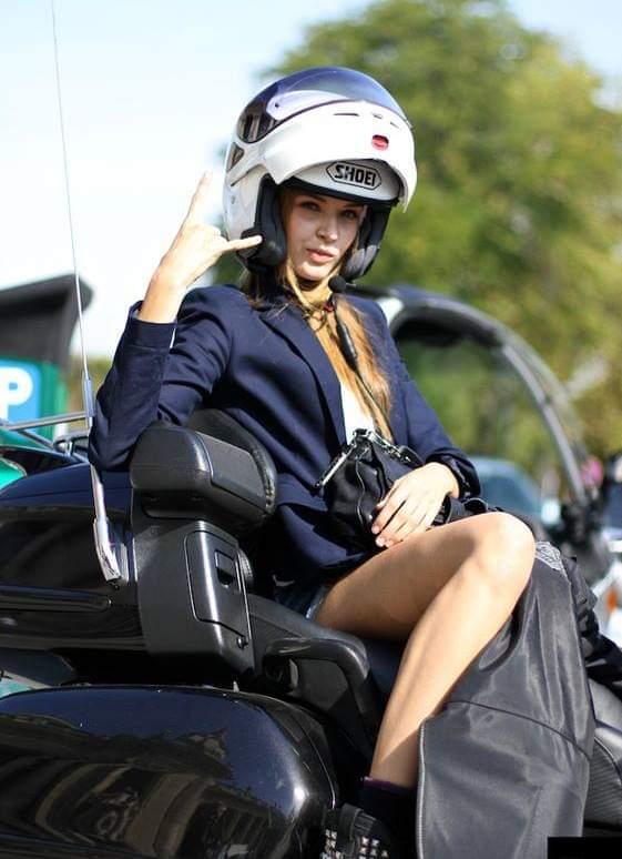 LES PIN UP A MOTO Fb_img63