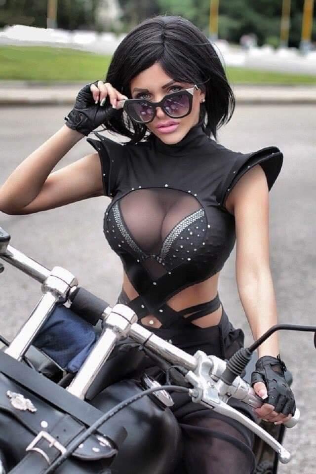 LES PIN UP A MOTO Fb_img65