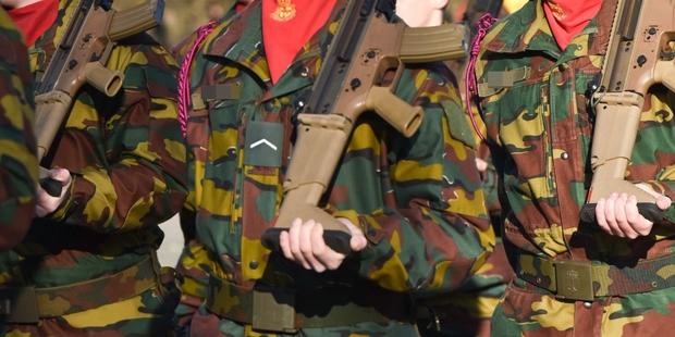 Couleurs pour la peinture des uniformes Allemand avec camouflage type Italien WWII 5c554c10
