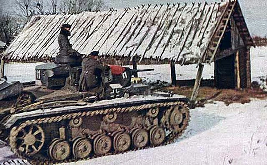 diorama - Diorama SDKFZ 232 (suite et fin) Panzer10