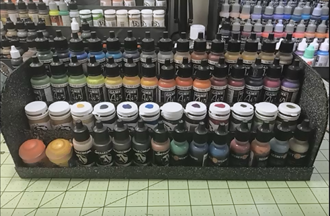 Présentoir à fioles ou pots de peintures Przose11