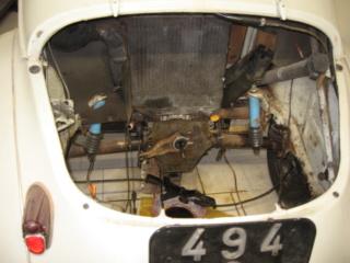 Restauration d'une Renault 4CV 1960 811