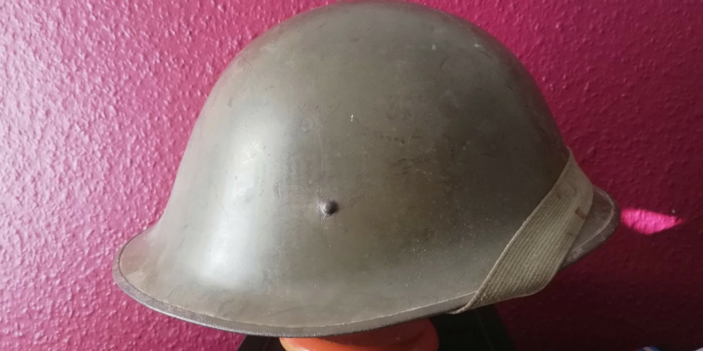 some belgium helmets Img_2428