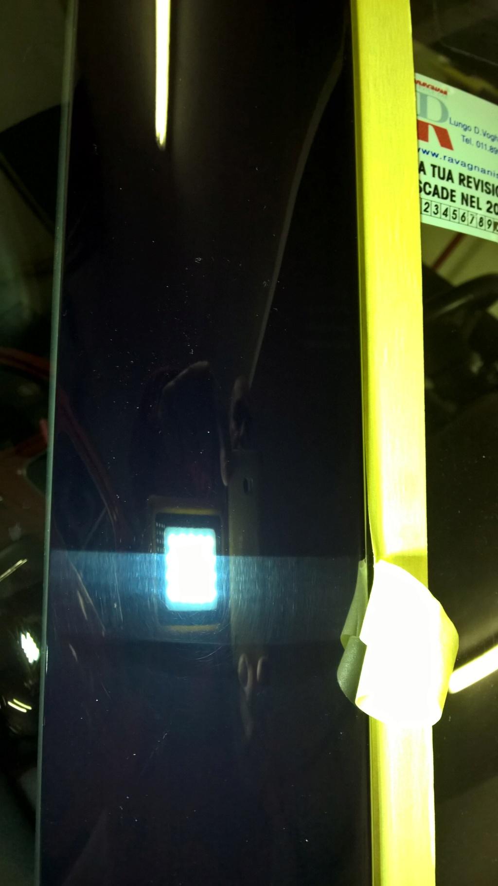 Plastiche nere tra finestrini Mini Wp_20116