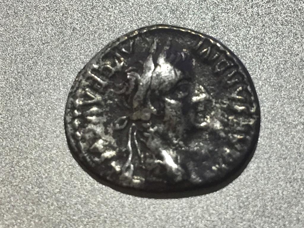 Denario del Tributo (Tiberio). PONTIF MAXIM. Lyon Img_5911
