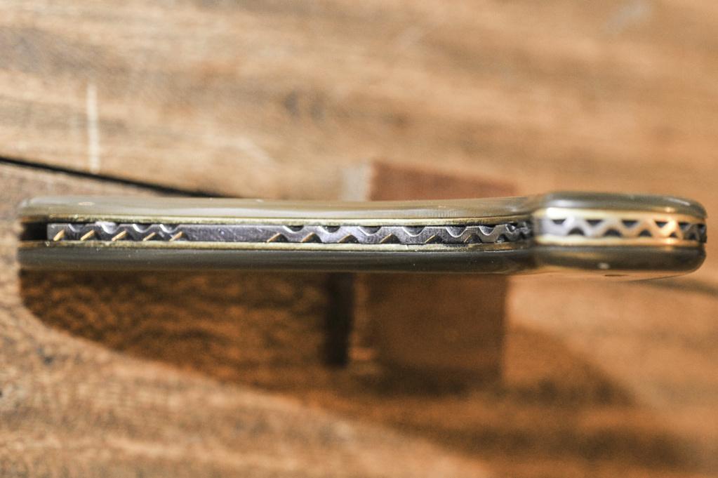 Couteau à greffer Pradines curieux Coutea10