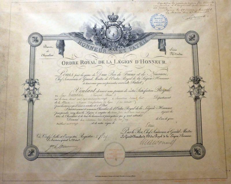 Diplôme de Légion d'honneur d'un sergent d'infanterie napoléonien Dscf1616