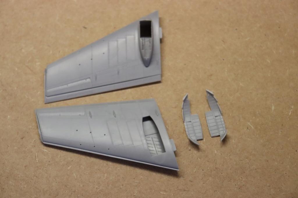 IL 102 ( A et A models 1/72 )  - Page 2 Img_0128