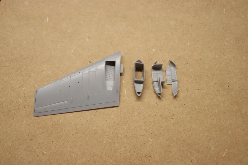 IL 102 ( A et A models 1/72 )  - Page 2 Img_0129