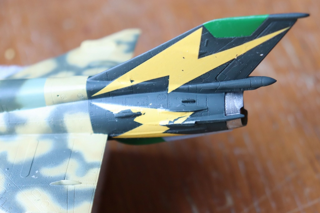 MIG 21 Bis India Air Force (RV aircraft au 1/72)  - Page 3 Img_0414