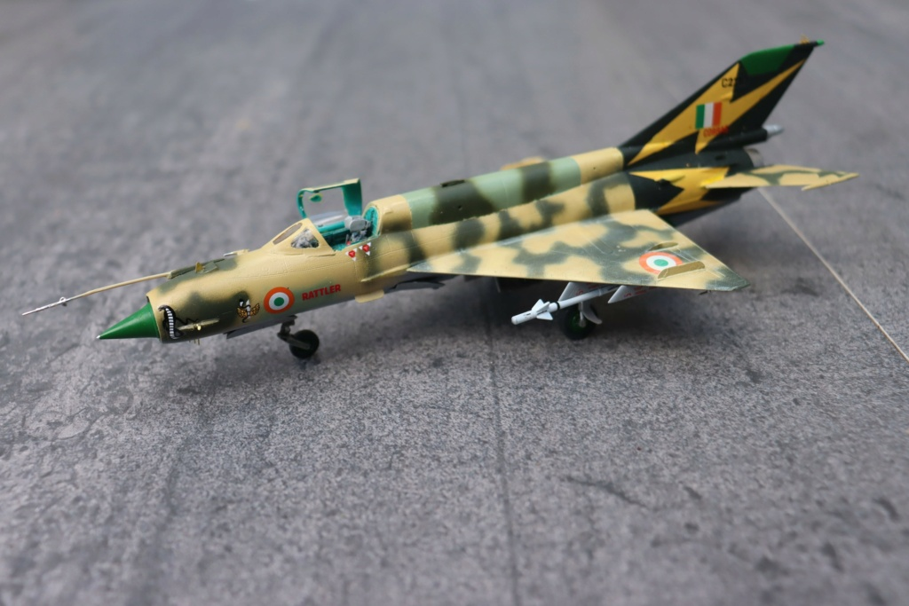 MIG 21 Bis India Air Force (RV aircraft au 1/72)  - Page 5 Img_0437