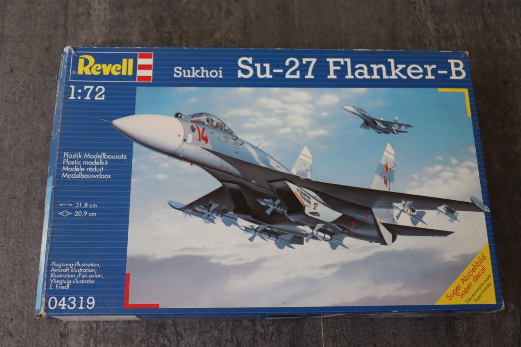 SUKHOI SU 27 FLANKER B ( Revell au 1/72 )  Img_0830