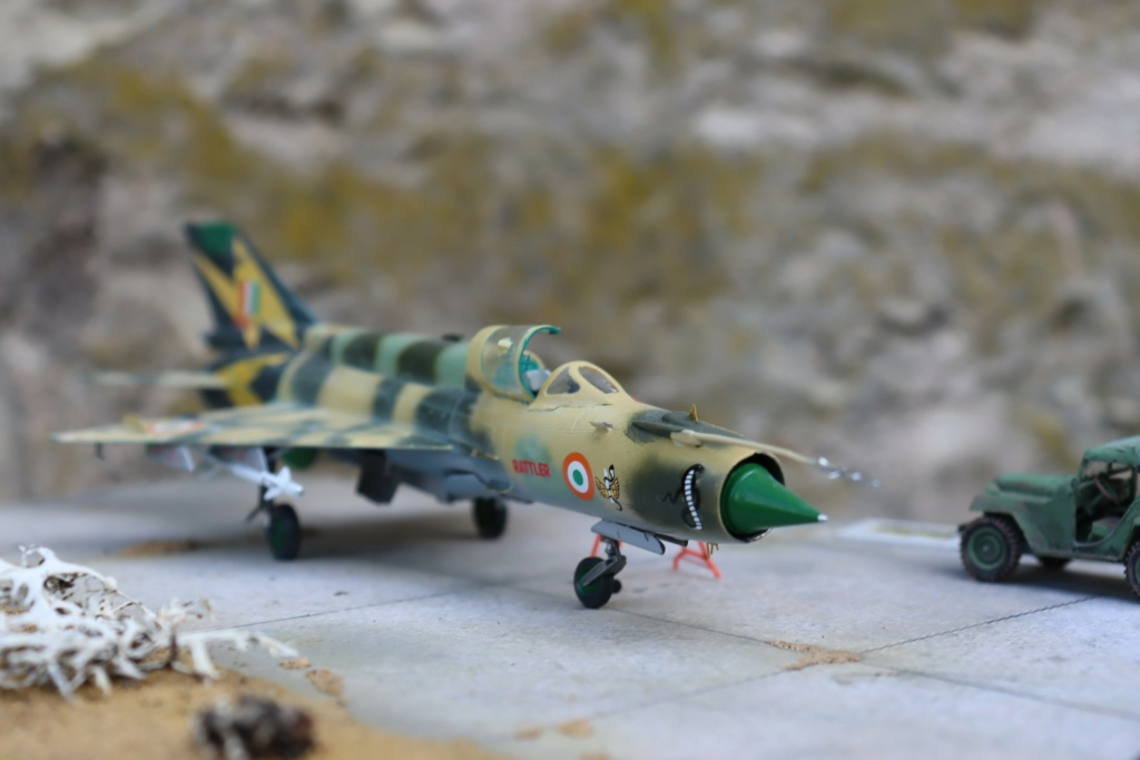 MIG 21 Bis India Air Force (RV aircraft au 1/72) ( fini page 6 ) - Page 6 Img_0927