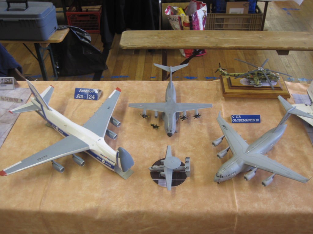 AN 225 ( Revell au 1/144 )  Img_5110