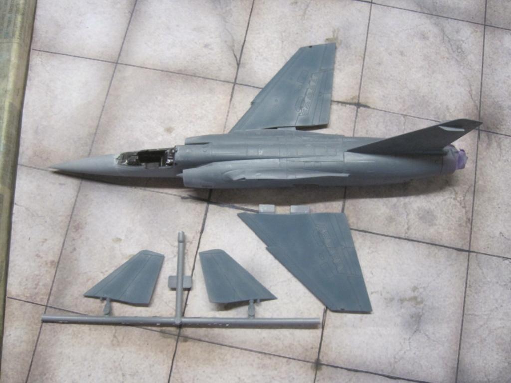 Mirage F1 C Normandie Niemen ( Special - Hobby au 1/72 )  Img_8631