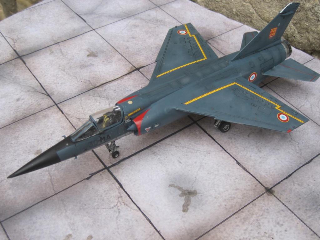 Mirage F1 C Normandie Niemen ( Special - Hobby au 1/72 )  Img_8763