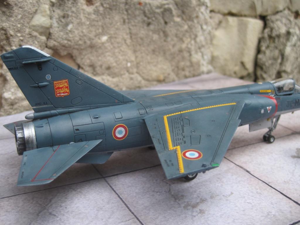 Mirage F1 C Normandie Niemen ( Special - Hobby au 1/72 )  Img_8765
