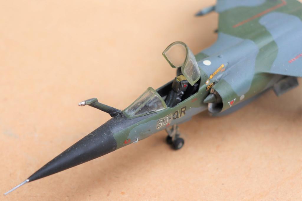 Mirage F1 CT au 1/72 ( HELLER avec ajout Spécial hobby )  Img_9517
