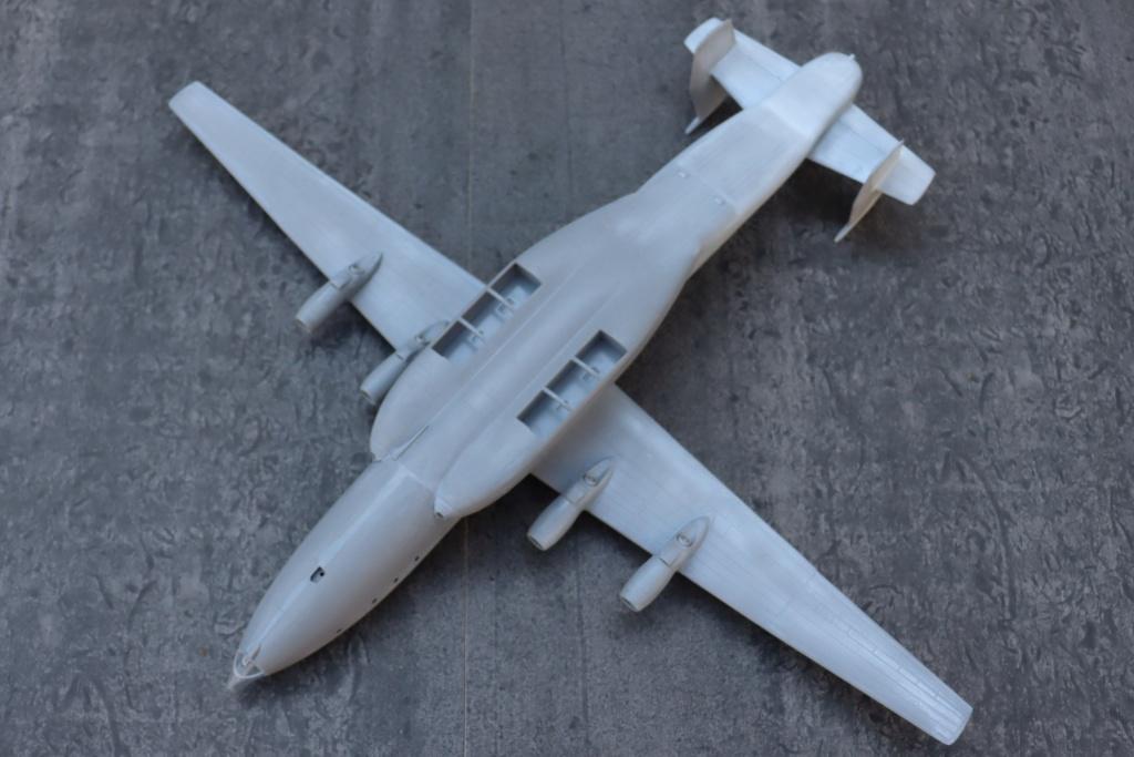 Antonov AN 22 ( AA au 1/44 ) - Page 2 Img_9634