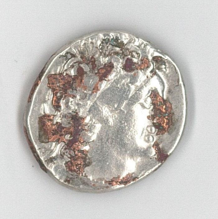 Etrange métal fondu sur monnaie argent Numism11