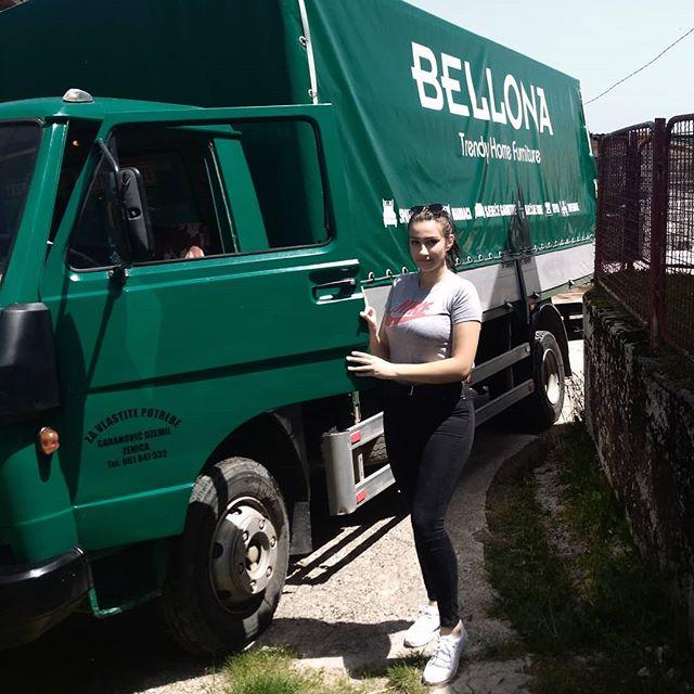 Za Longija: Šefika sa svojim kamionom iz Nemile izazvala pometnju u BiH 61519010