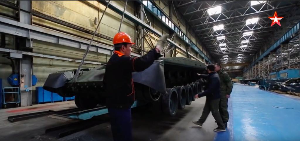 """Rusija u nedjelju prvi puta javno predstavlja novi tenk T-90M """"Прорыв-3"""" Slika214"""