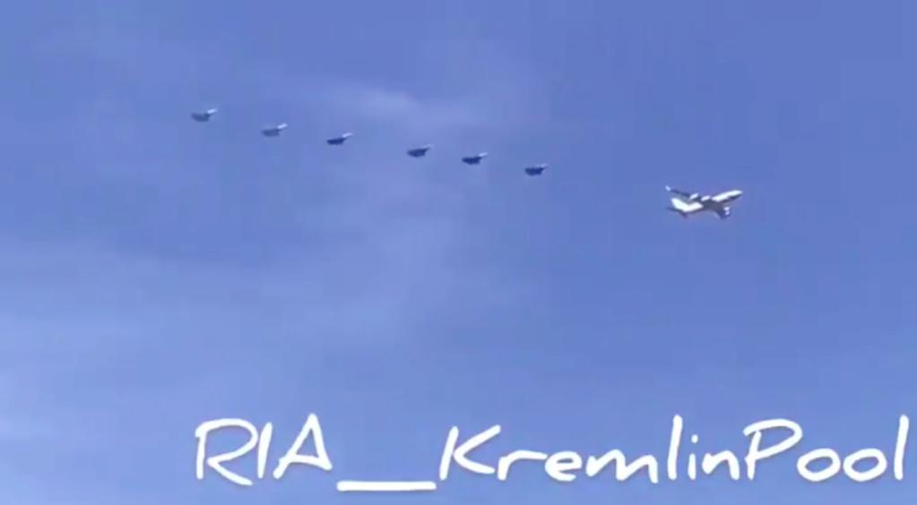 Putina pred sastanak sa Pompeom prati 6 Su-57 Slika226