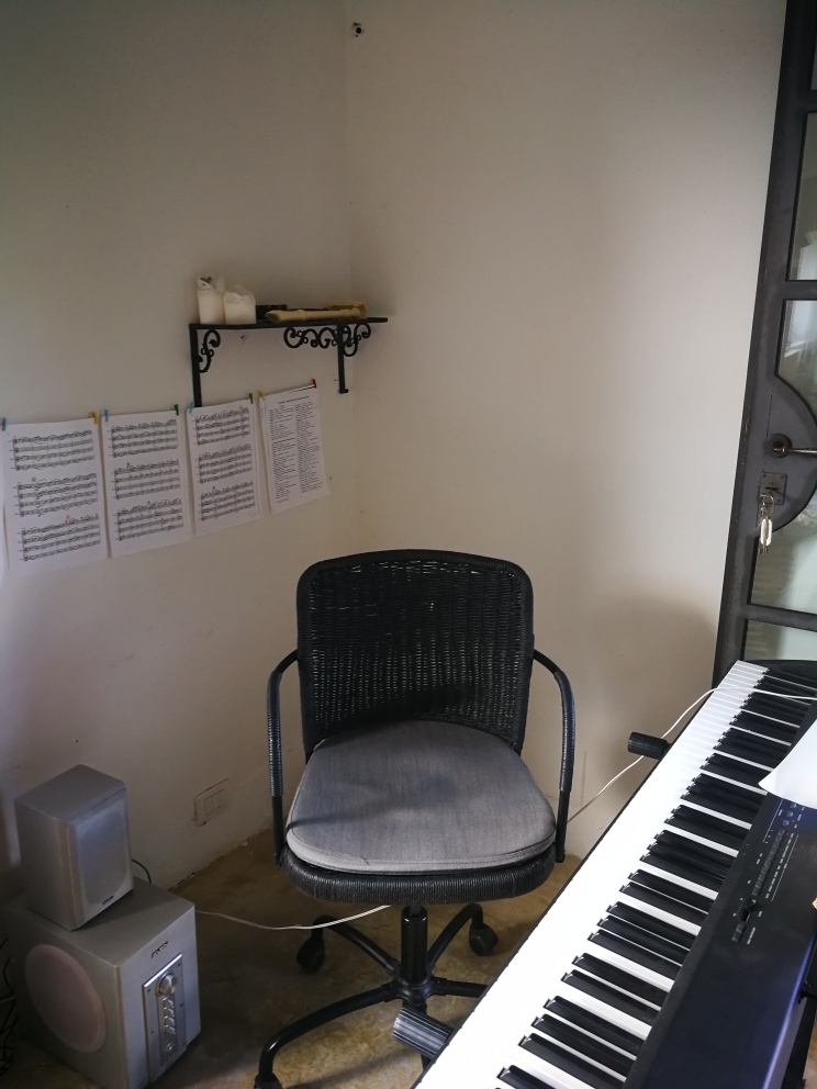 Позитивная Piano10