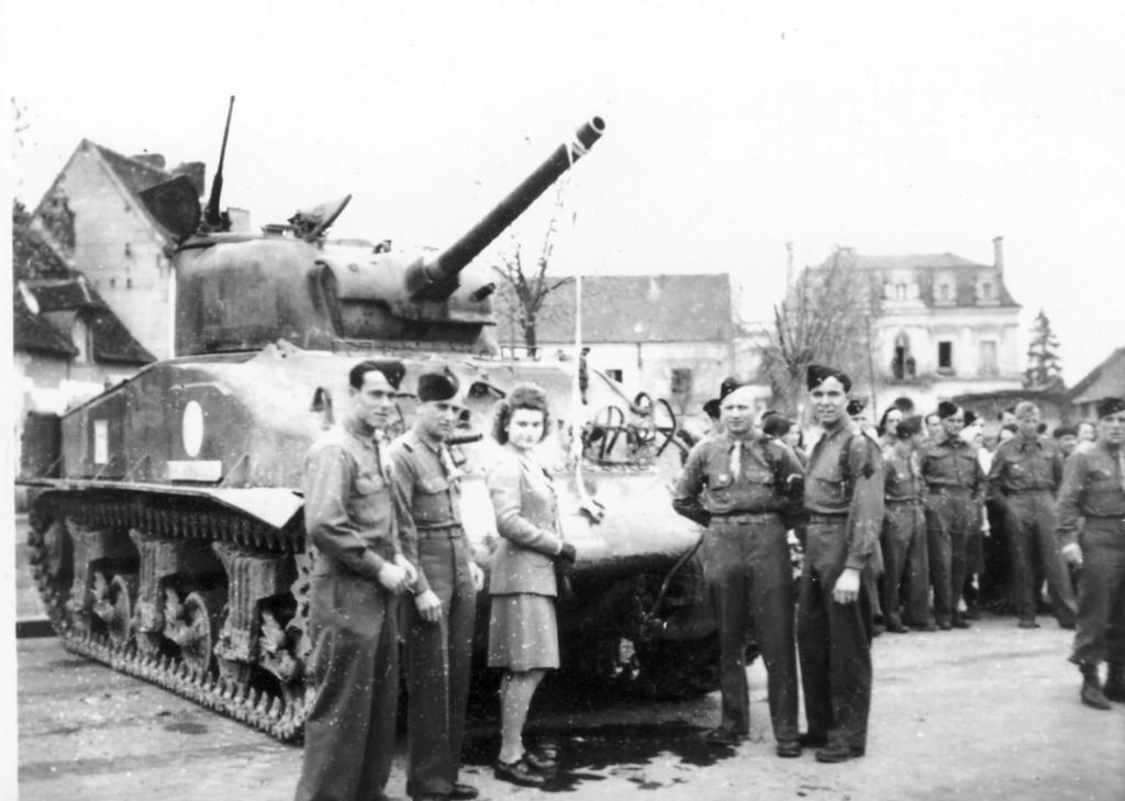 M4A2 sur delcampe 4esc_111