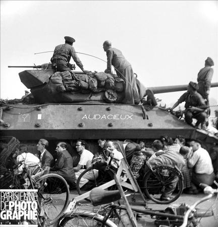 """Tank Destroyer """"Le Simoun """" - Page 2 Audaci10"""