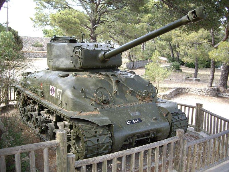 sherman francheville M4a1e810