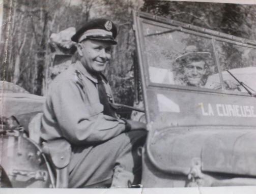 Portrait d'un officier du RBFM sur ibé - Page 2 Rkilli10