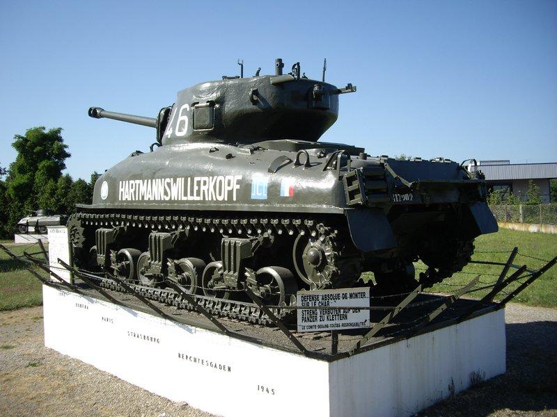 Taille et position des marquages d'un Sherman de la 2ème DB  X-m4a111