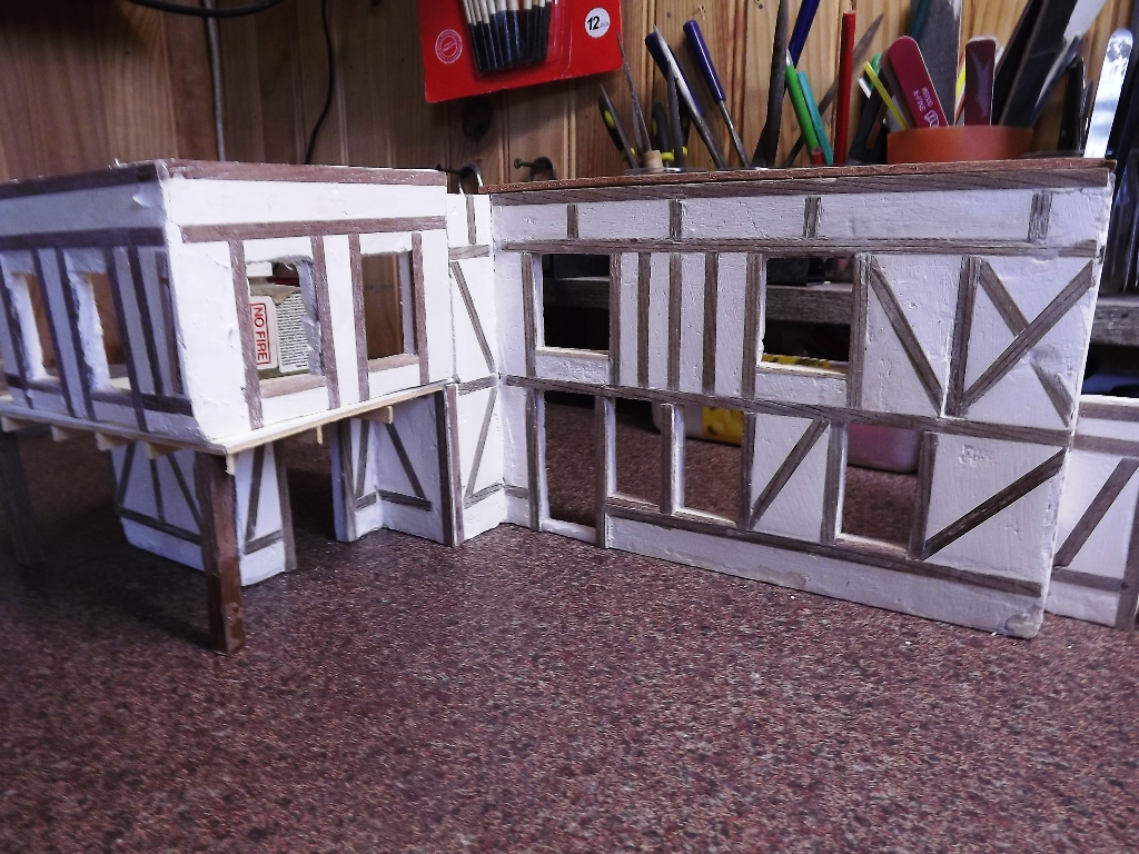 Pas-à-pas maison type Normande pour diorama 1/35 - Page 2 03_210