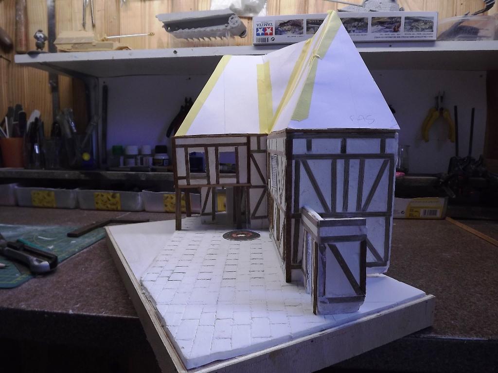 Pas-à-pas maison type Normande pour diorama 1/35 - Page 2 04_310