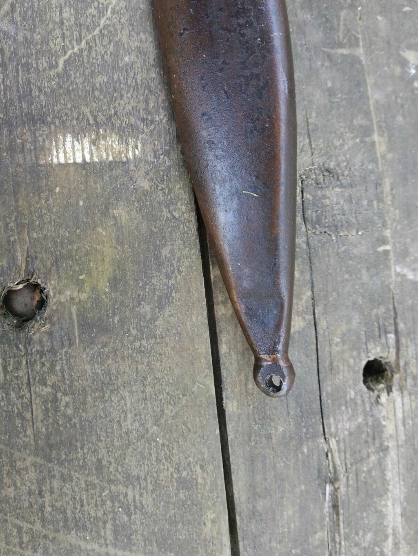 couteau fait a partir d'une baio K98 213