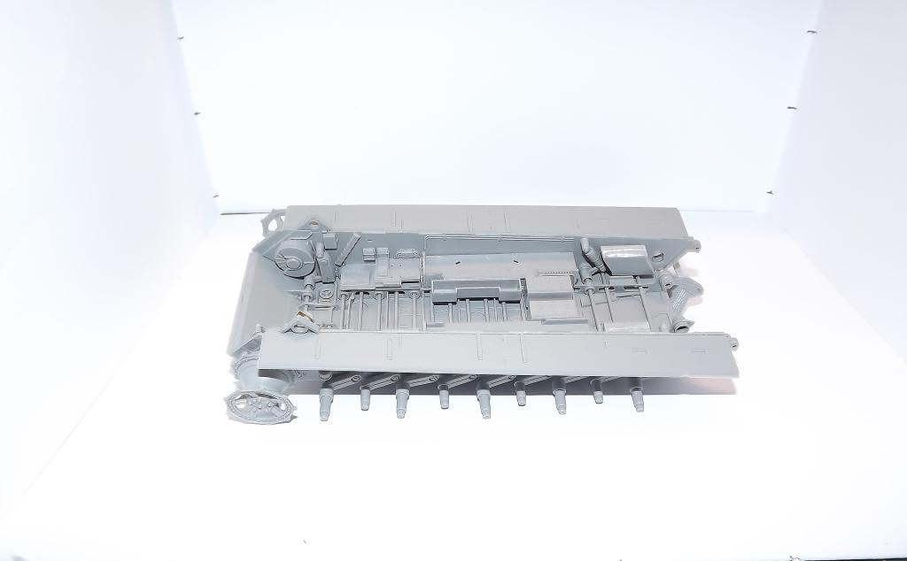 Tigre II full interior - Takom - 1/35 Dscf3910