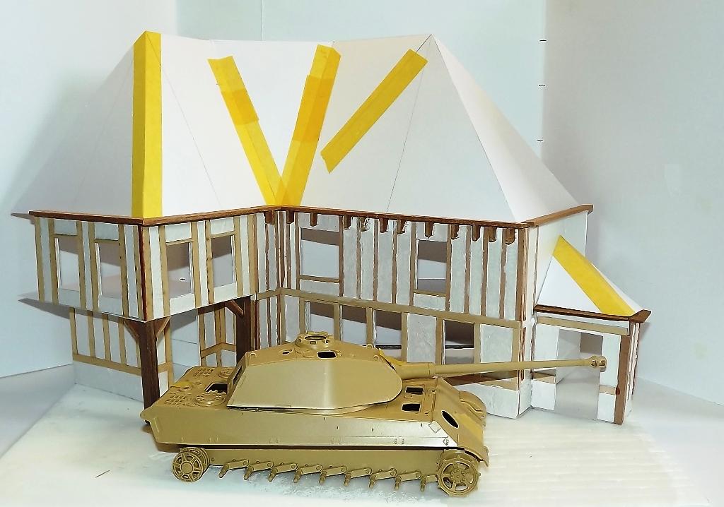 Diorama maison normande - 1/35 Dscf3939