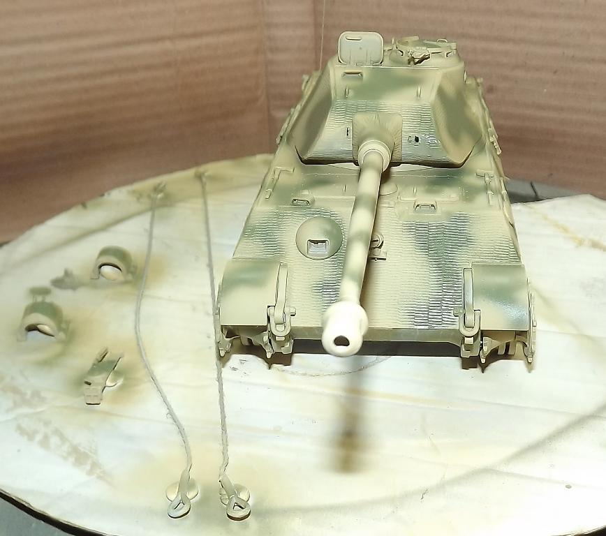 Tigre 2 - Tamiya 1/35 Dscf3952