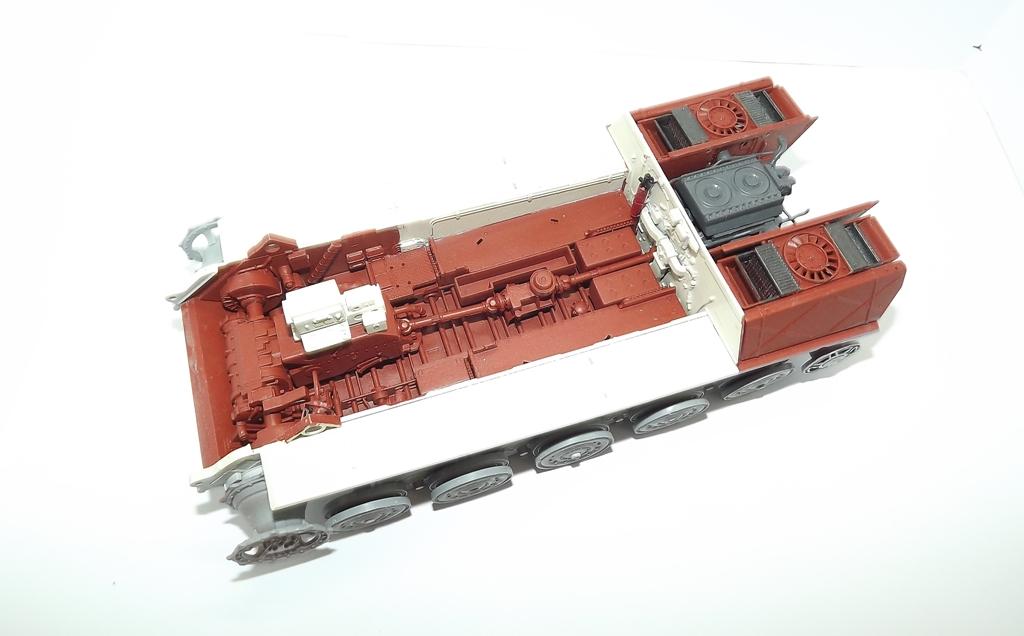 Tigre II full interior - Takom - 1/35 Dscf3954