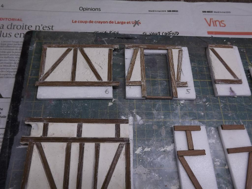 Pas-à-pas maison type Normande pour diorama 1/35 Dscf4027