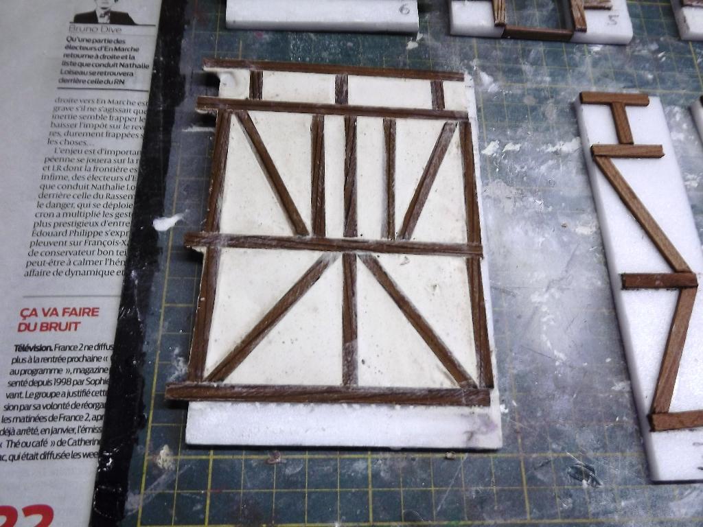 Pas-à-pas maison type Normande pour diorama 1/35 Dscf4028