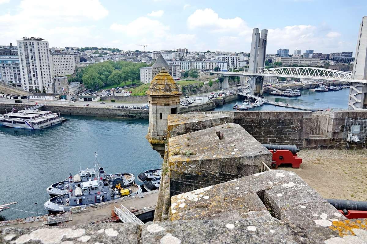 [Vie des ports] BREST Ports et rade - Volume 001 - Page 25 _co10065