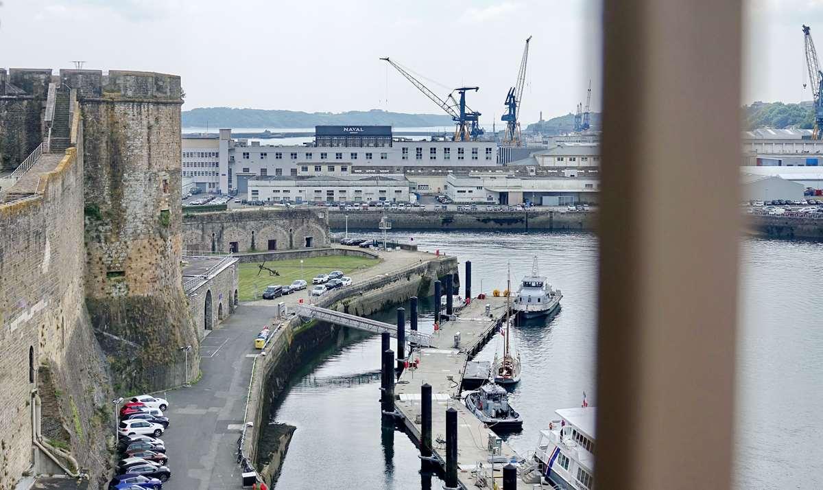 [Vie des ports] BREST Ports et rade - Volume 001 - Page 25 _co10234